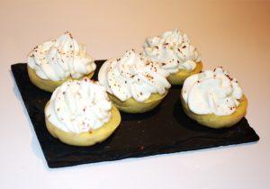 mini cupcakes chC3A8vre 300x210 - Mini Cupcakes apéritifs au Chèvre