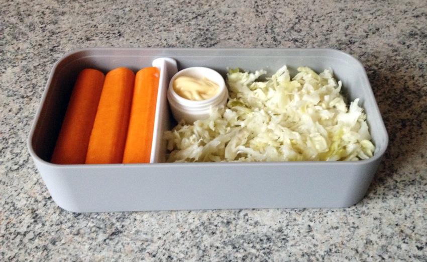 Recette de Bento salade de chou et surimi