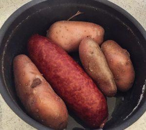 aucisse morteau pommes de terre prepa 1 300x267 - aucisse-morteau-pommes-de-terre-prepa-1