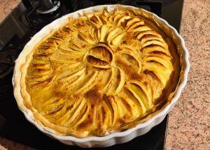 tarte pommes alsacienne 1 300x215 - Tarte aux pommes à l'Alsacienne