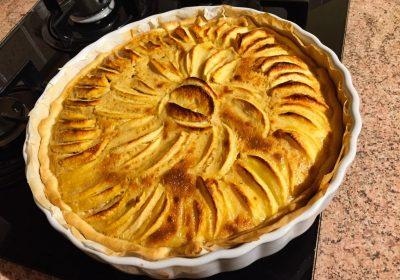 tarte pommes alsacienne 1 400x280 - Tarte aux pommes à l'Alsacienne