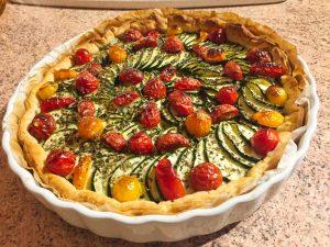 tarte chevre courgettes tomates lardons 3 300x225 - tarte-chevre-courgettes-tomates-lardons-3