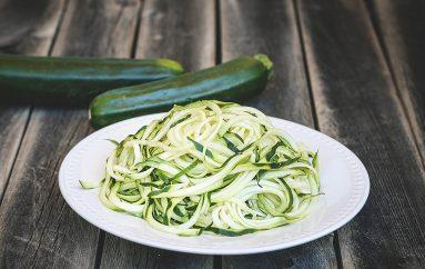 Salade de courgettes «spaghettis»