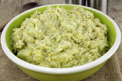 Fotolia 81291184 XS - Purée de brocolis et pommes de terre (recette Companion)