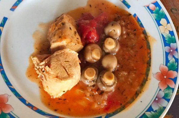 IMG 1184b 600x397 - Poulet tomates et champignons (recette Companion)