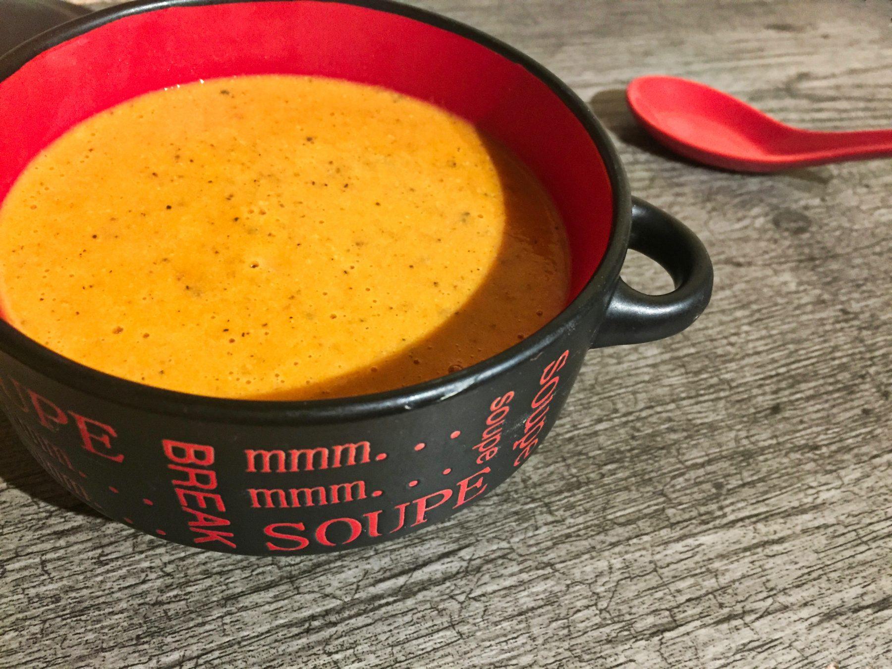 IMG 1333 - Velouté de tomates basilic et chèvre (Recette Companion)