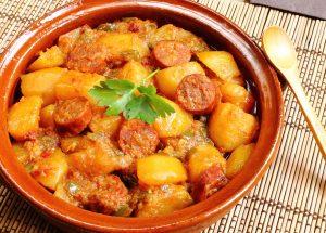 pommes de terre au chorizo 300x215 - Pommes de terre au chorizo (recette Companion)