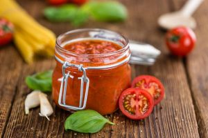 sauce tomate 1 300x200 - Sauce tomate (recette Companion)