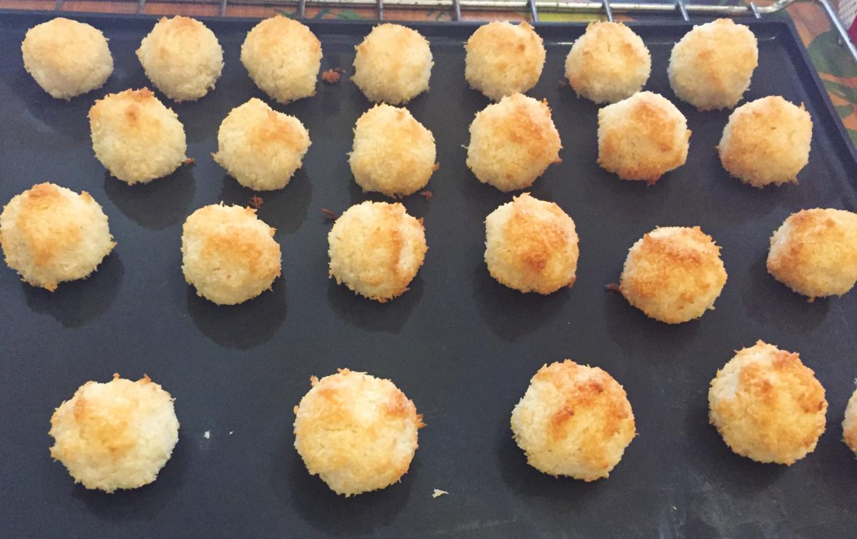 IMG 2103 - Rochers à la noix de coco (recette Companion)