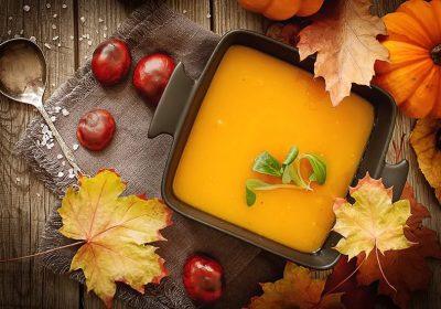CuJ ROwUIAADlT5 400x280 - Soupe de potiron, marrons, oignons (Recette Companion)