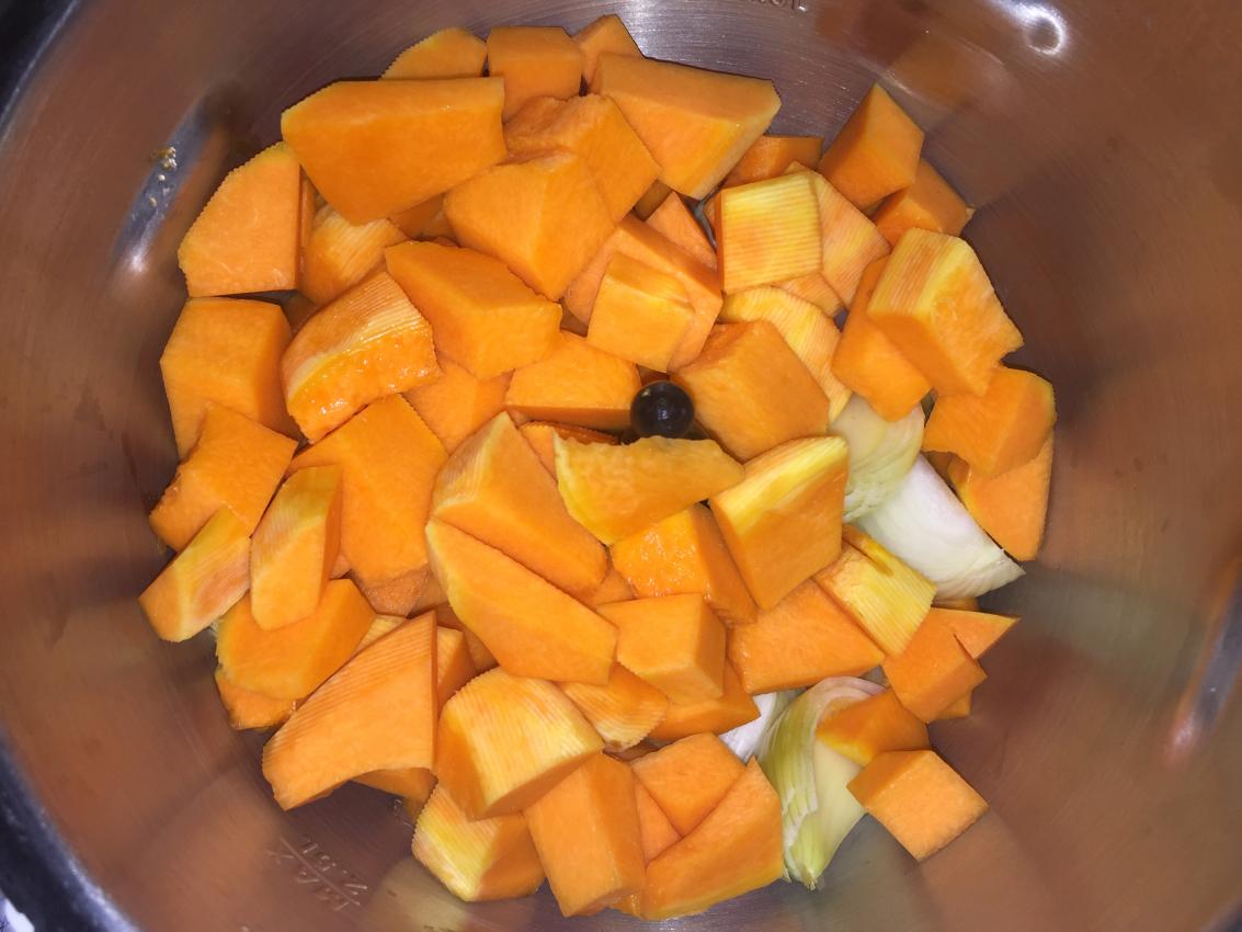 IMG 2984 - Soupe de potiron, marrons, oignons (Recette Companion)
