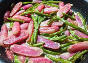 IMG 3756 300x215 - Poêlée de radis et haricots verts