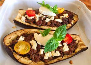 IMG 3794 300x215 - Aubergines farcies viande hachée, menthe, tomate, feta
