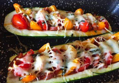IMG 3853 400x280 - Courgettes au chorizo façon pizza