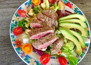 IMG 3498 300x215 - Salade boeuf, époisses, tomates et avocat