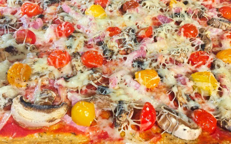 Pizza et sa pâte au chou-fleur (sans farine)
