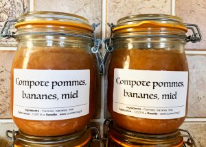 IMG 5737 300x215 - Compote pommes miel bananes (conserves)