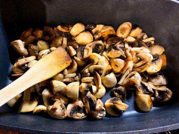 IMG 5930 620x465 - Coquelets aux champignons de Paris