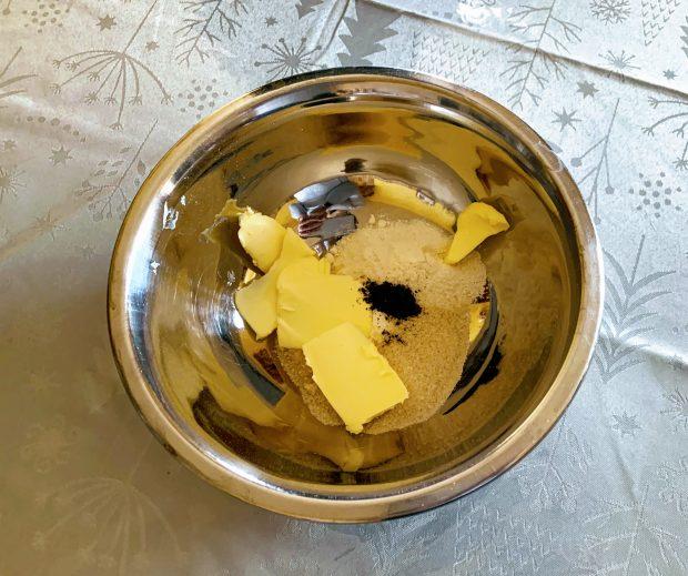 IMG 6044 620x519 - Papillottes crumble de bananes au four