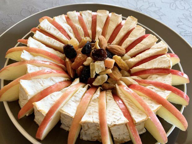 IMG 6631 620x465 - Camembert aux pommes et fruits secs